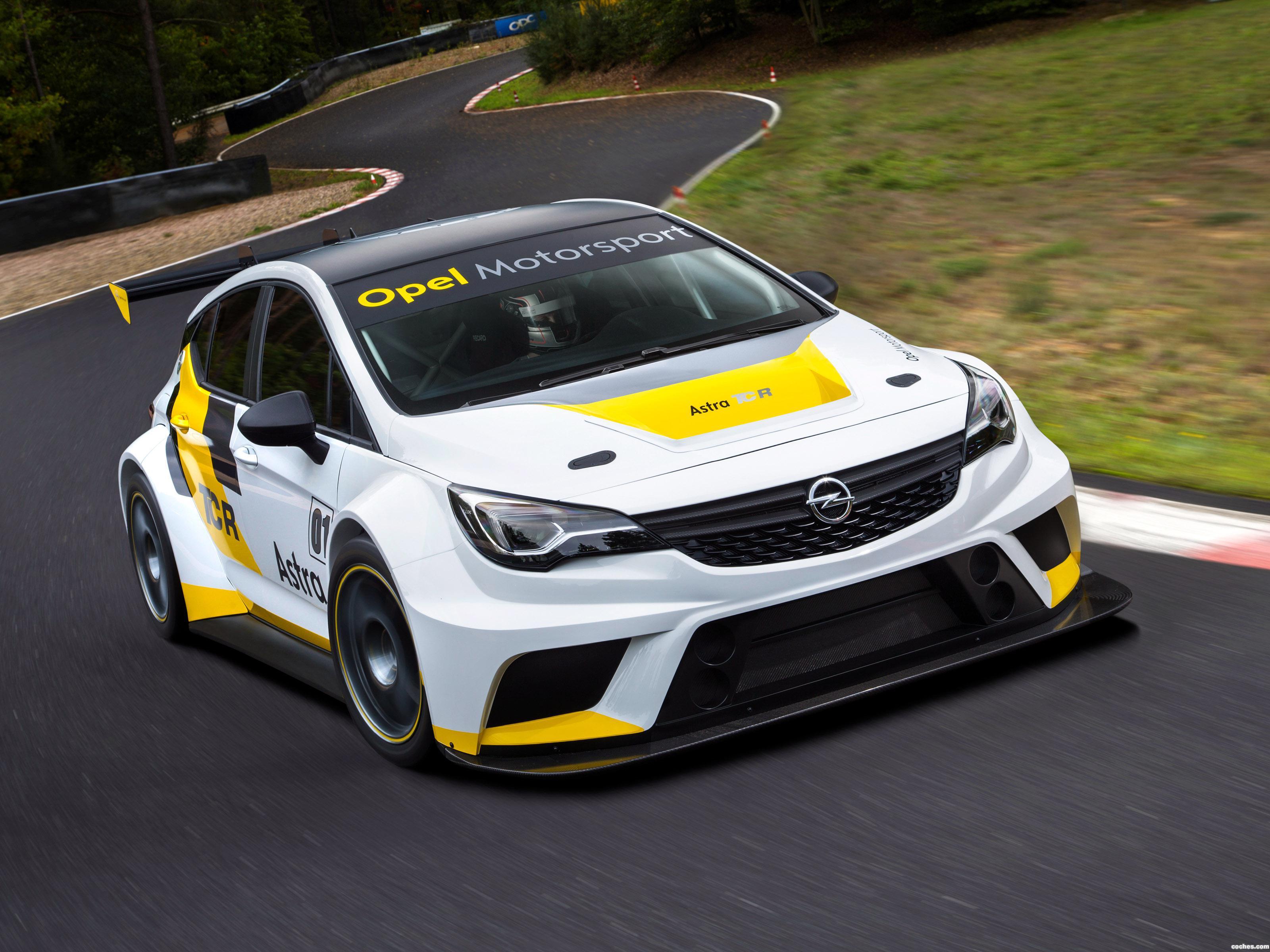 Foto 0 de Opel Astra TRC 2015