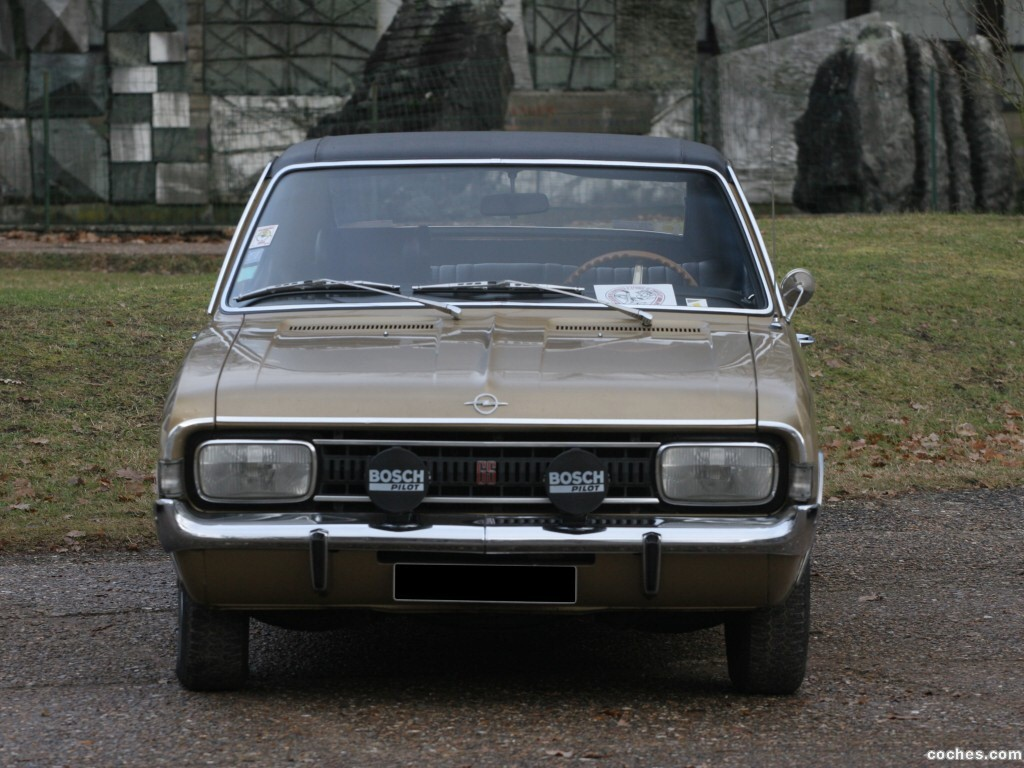 Foto 2 de Opel Commodore A 1970
