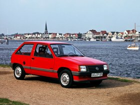 Fotos de Opel Corsa A 1988