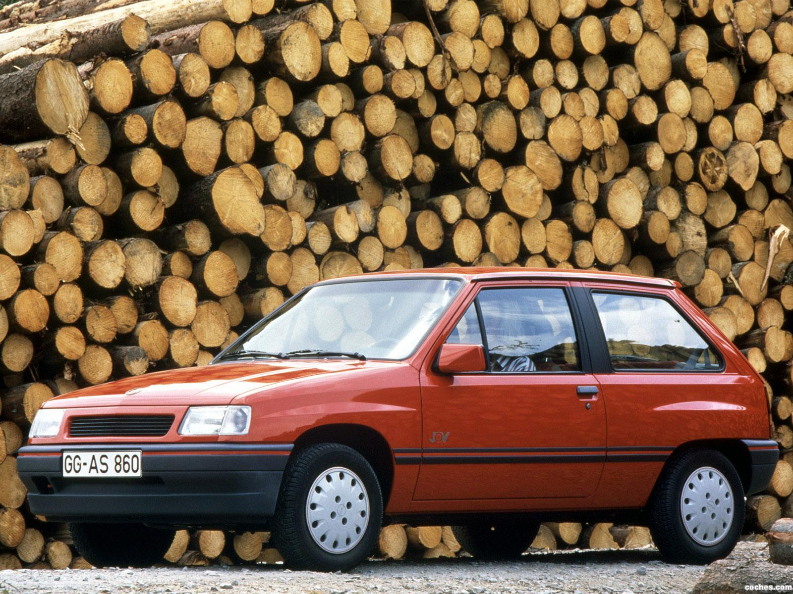 Foto 0 de Opel Corsa A 3 puertas 1990