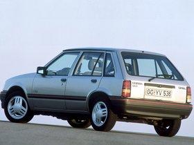 Ver foto 2 de Opel Corsa A 5 puertas 1990