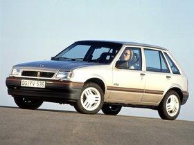 Fotos de Opel Corsa A 5 puertas 1990