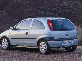 Ver foto 2 de Opel Corsa C 3 puertas 2000