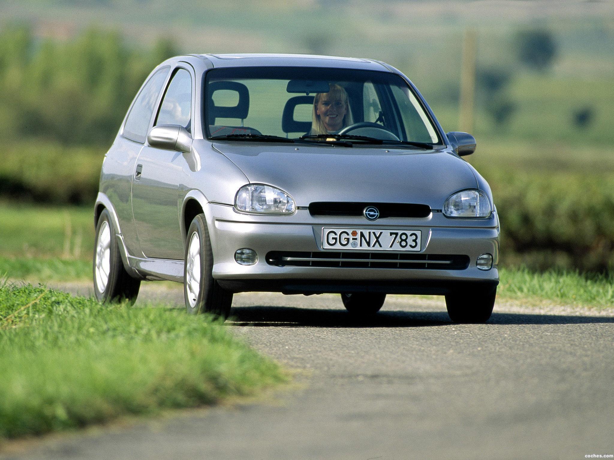 Foto 0 de Opel Corsa B GSI 1993