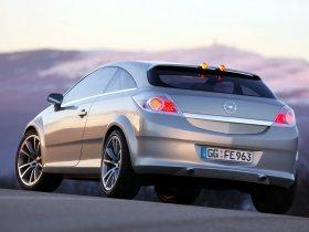 Ver foto 5 de Opel GTC Geneva Concept 2003