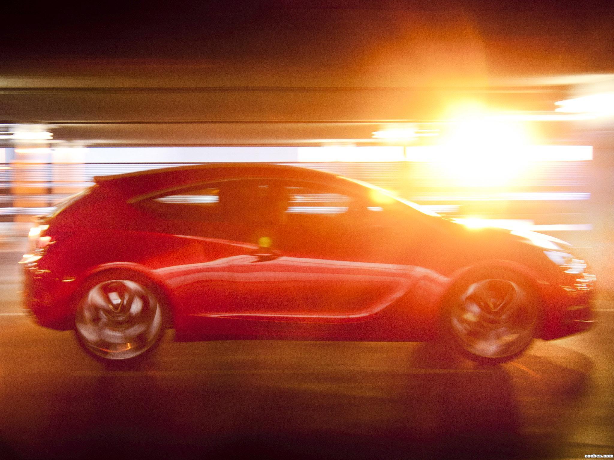 Foto 21 de Opel GTC Paris Concept 2010