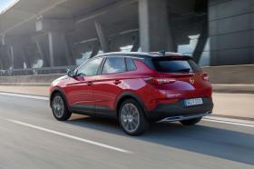 Ver foto 7 de Opel Grandland X Hybrid4  2019