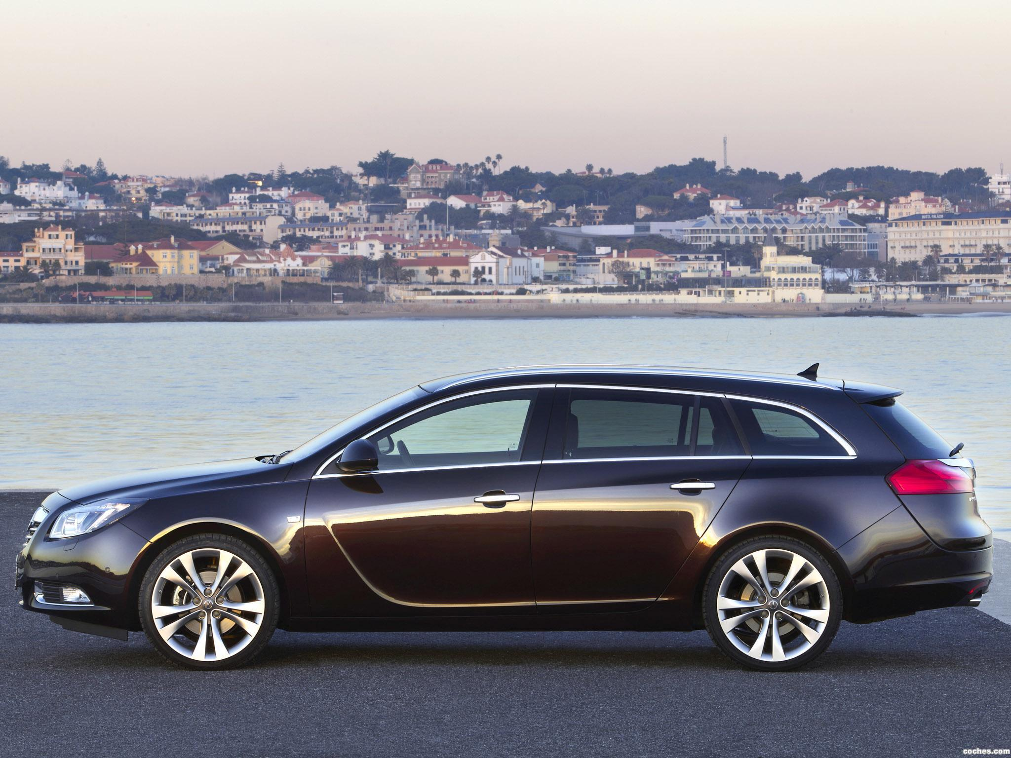fotos de opel insignia sports tourer biturbo 2012 foto 5. Black Bedroom Furniture Sets. Home Design Ideas