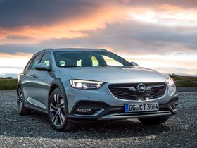 Ver foto 2 de Opel Insignia Country Tourer Turbo 4x4 2017