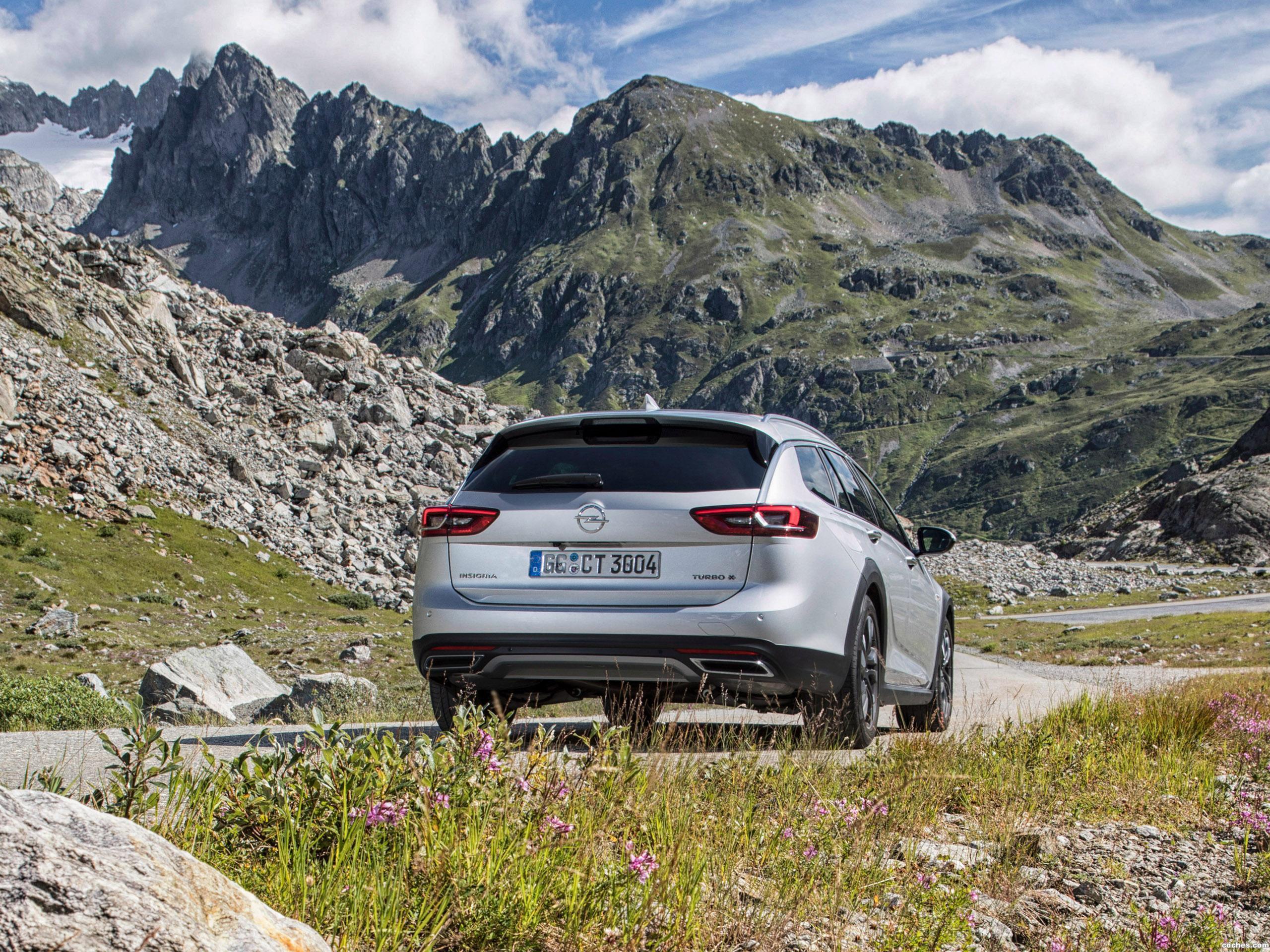 Foto 27 de Opel Insignia Country Tourer Turbo 4x4 2017