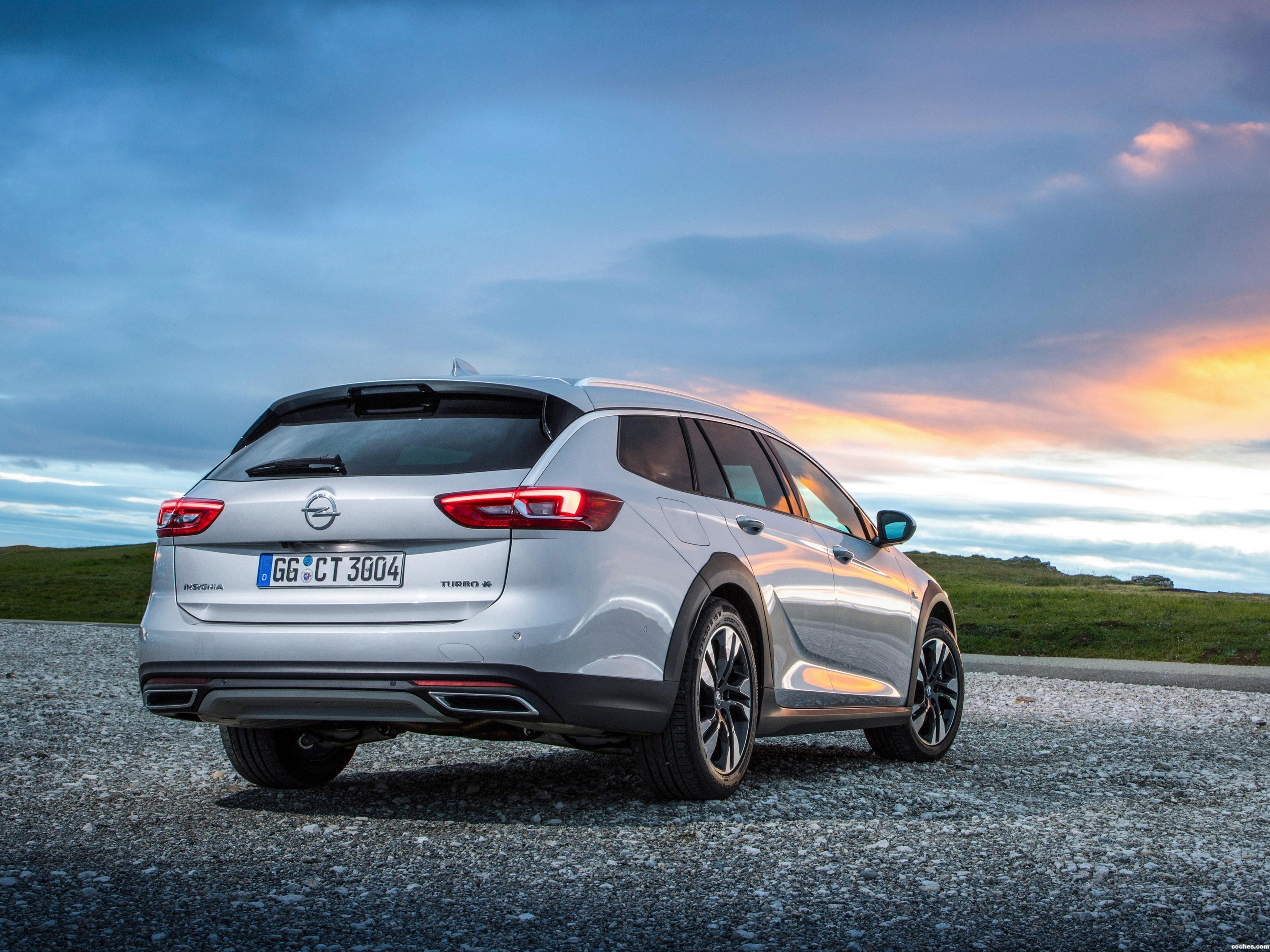Foto 21 de Opel Insignia Country Tourer Turbo 4x4 2017