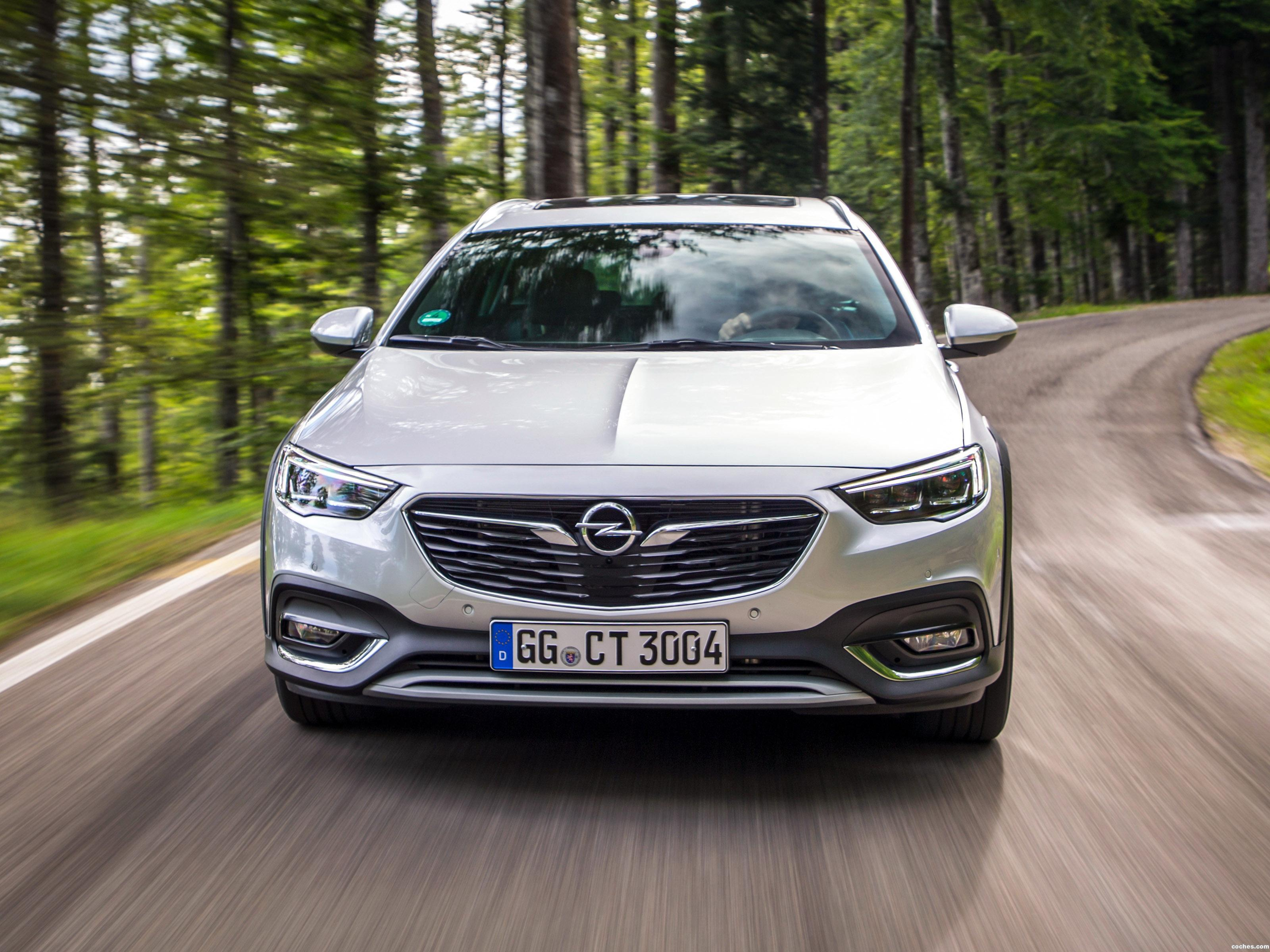 Foto 10 de Opel Insignia Country Tourer Turbo 4x4 2017