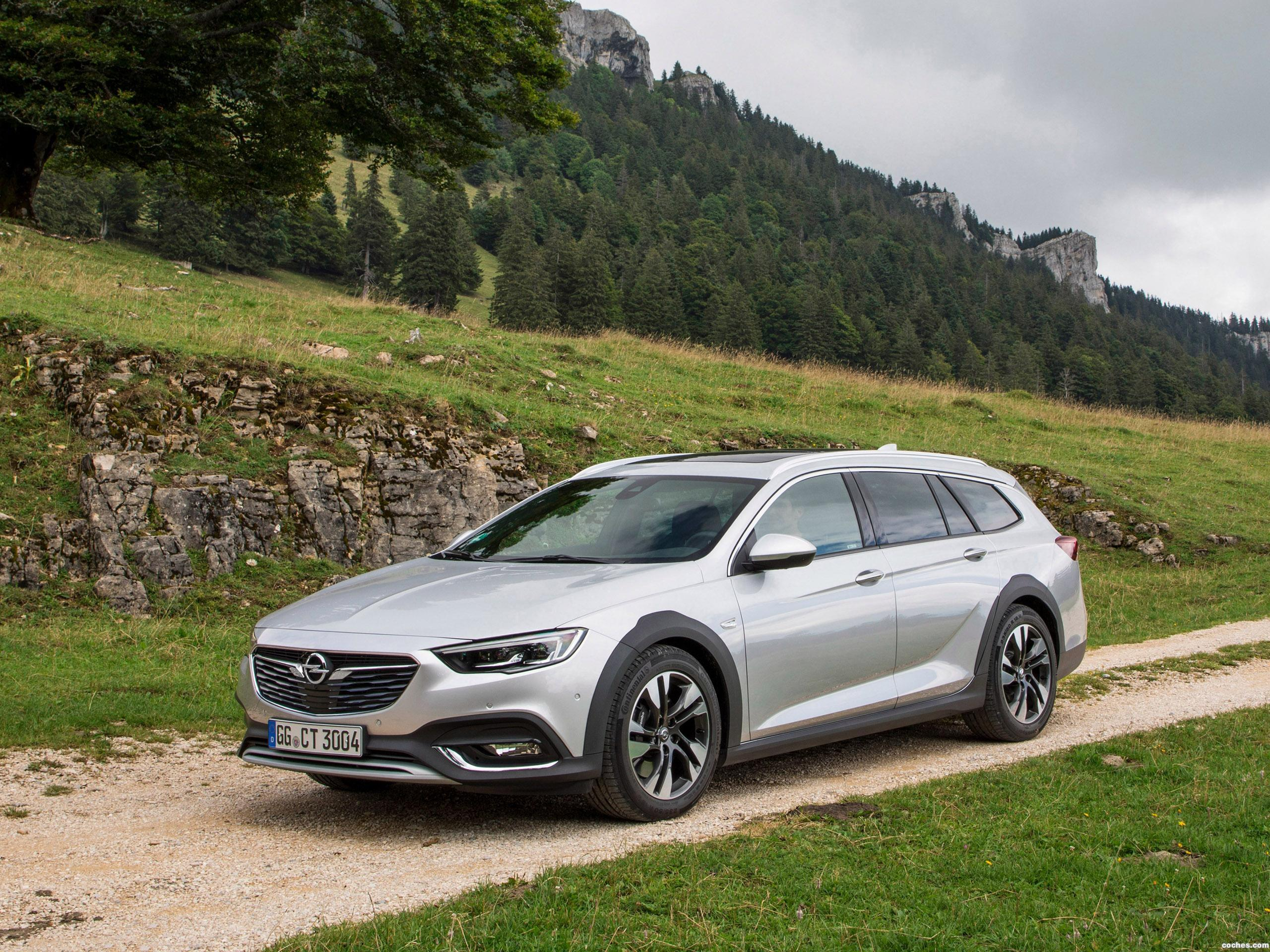 Foto 28 de Opel Insignia Country Tourer Turbo 4x4 2017