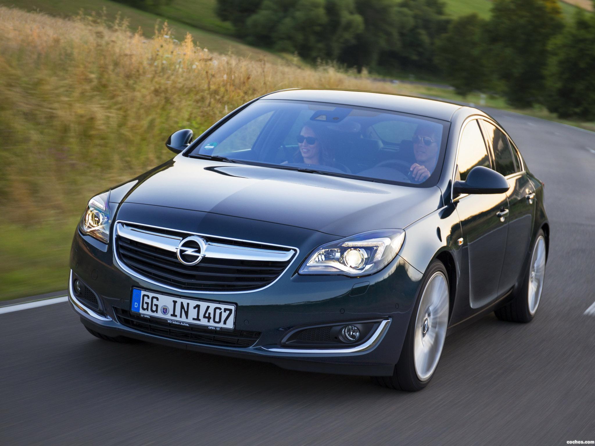 Foto 0 de Opel Insignia Hatchback 2013