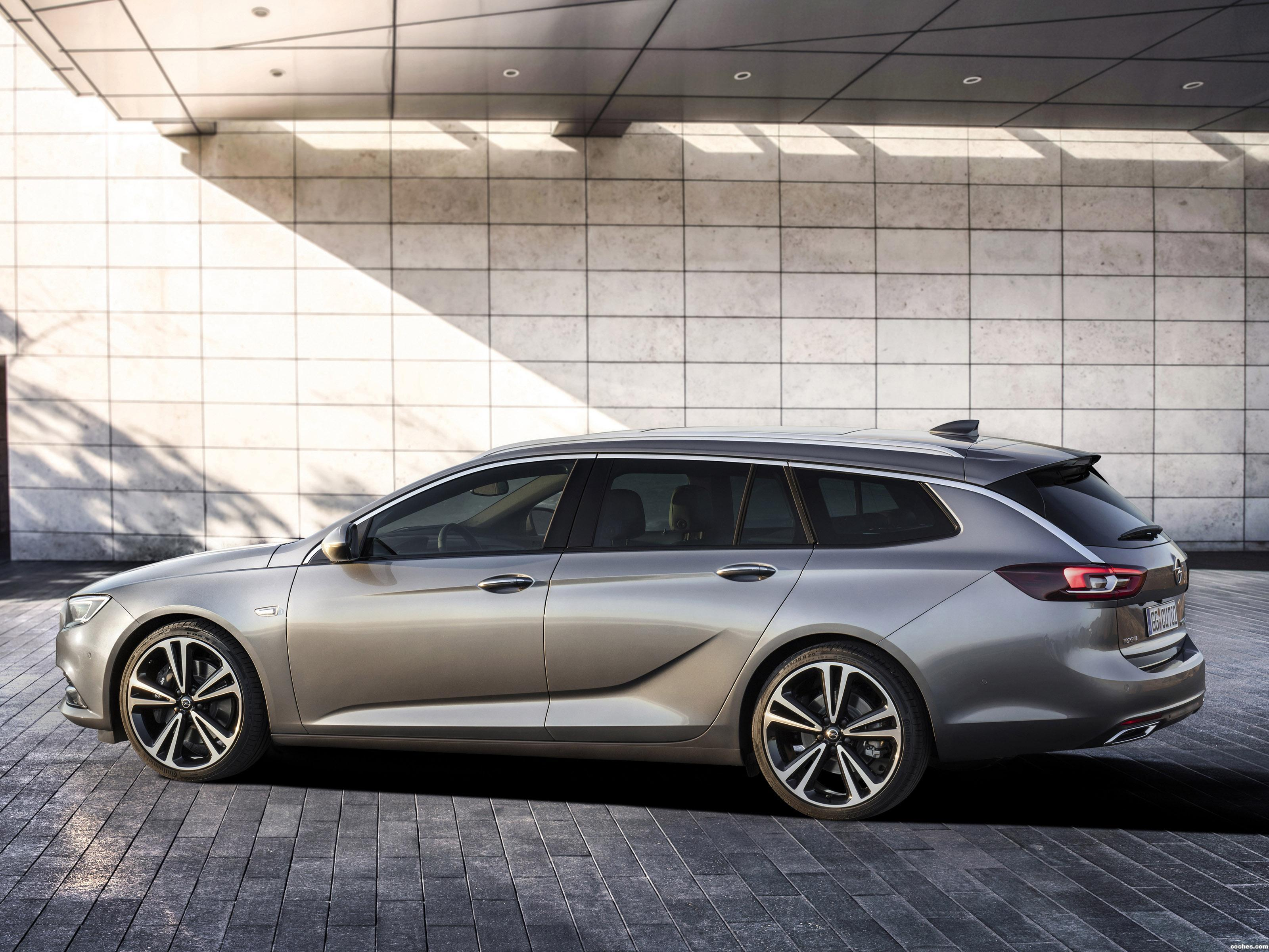 Foto 3 de Opel Insignia Sports Tourer Turbo 4×4 2017