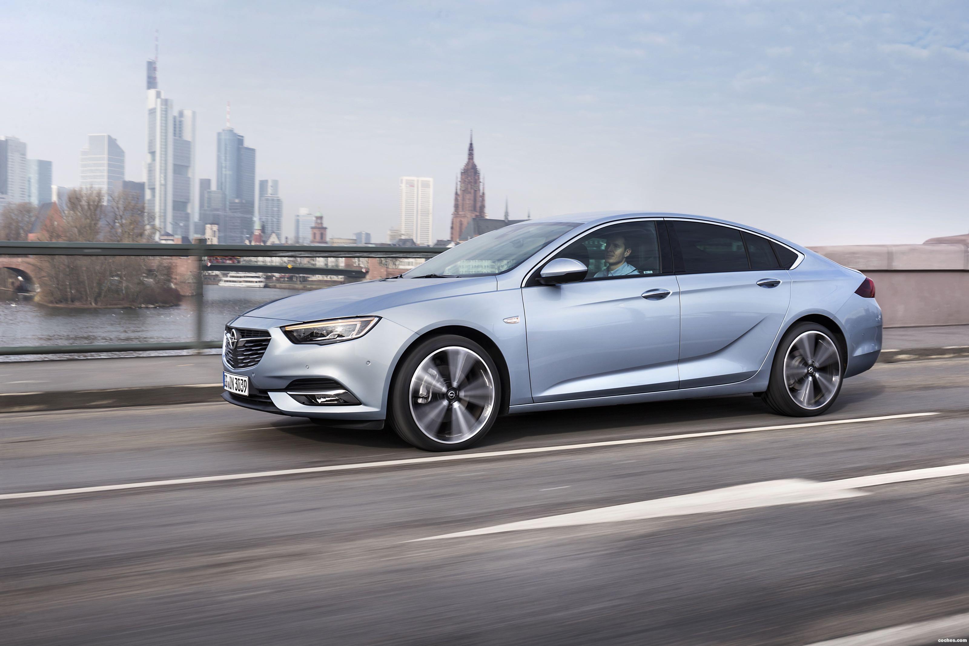 Foto 0 de Opel Insignia Grand Sport Turbo D 2017