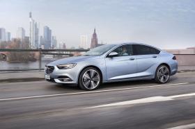 Ver foto 1 de Opel Insignia Grand Sport Turbo D 2017