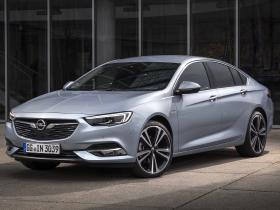 Fotos de Opel Insignia Grand Sport Turbo D 2017