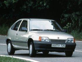 Fotos de Opel Kadett 1984