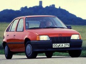 Ver foto 1 de Opel Kadett E 5 puertas  1984