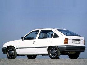 Ver foto 9 de Opel Kadett E 5 puertas  1984