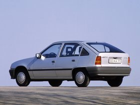 Ver foto 6 de Opel Kadett E 5 puertas  1984
