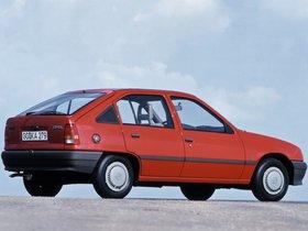 Ver foto 5 de Opel Kadett E 5 puertas  1984