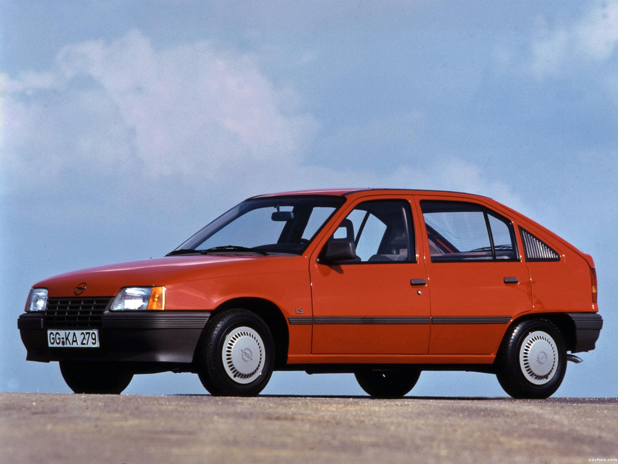 Foto 9 de Opel Kadett E 5 puertas  1984