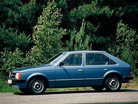 Ver foto 2 de Opel Kadett D 1979