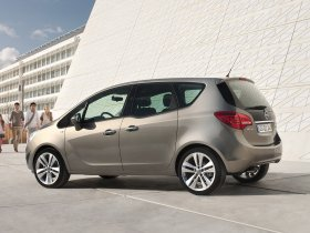 Ver foto 2 de Opel Meriva 2010