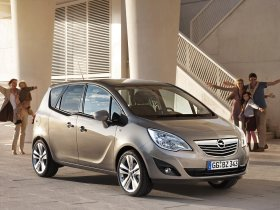 Ver foto 12 de Opel Meriva 2010