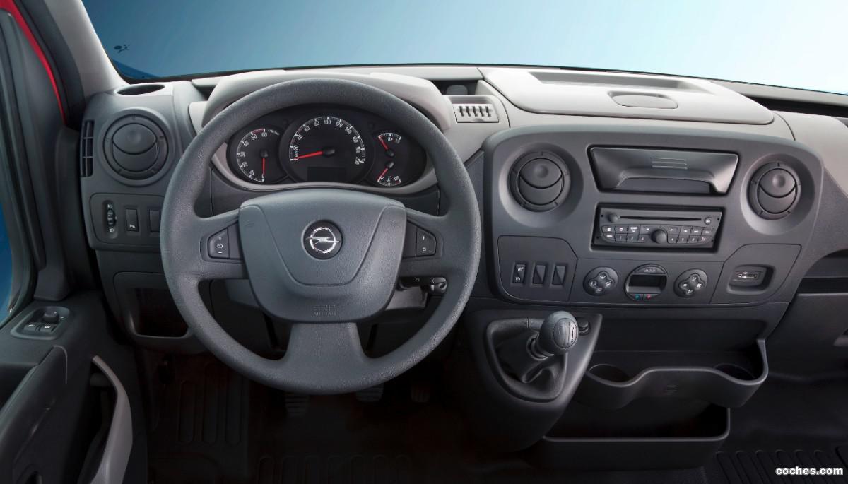Foto 14 de Opel Movano Chasis Cabina 2010
