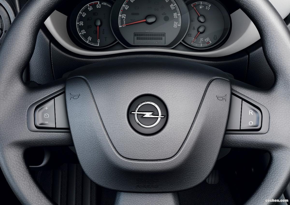 Foto 10 de Opel Movano Chasis Cabina 2010