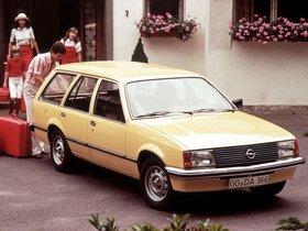 Ver foto 2 de Opel Rekord Caravan 5 puertas E1 1977