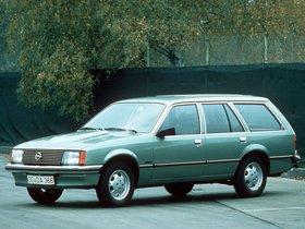 Ver foto 1 de Opel Rekord Caravan 5 puertas E1 1977