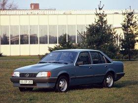 Ver foto 3 de Opel Rekord E82 1982