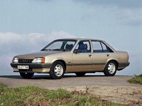 Ver foto 1 de Opel Rekord E82 1982