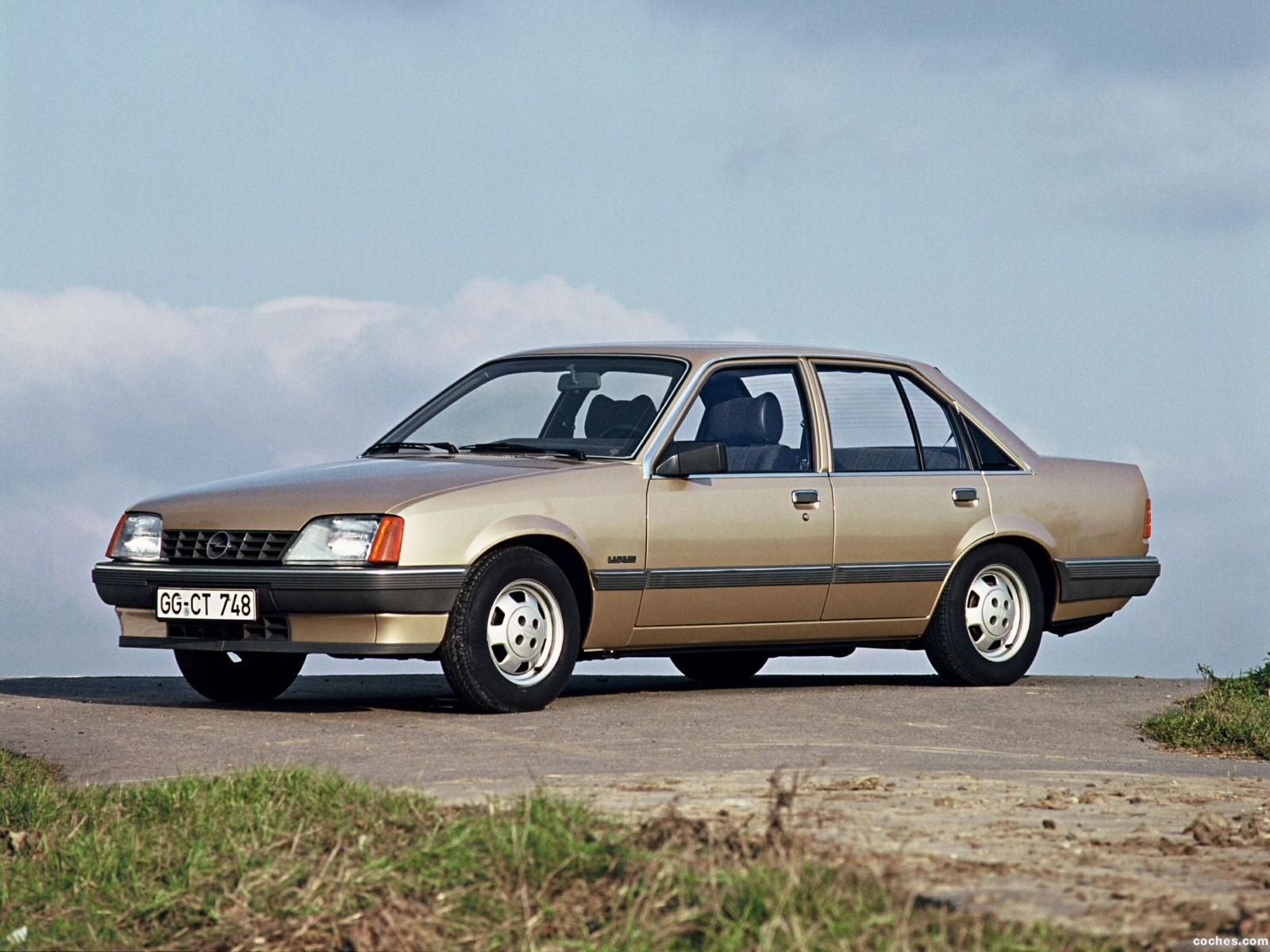 Foto 0 de Opel Rekord E82 1982