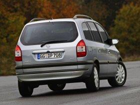 Ver foto 2 de Opel Zafira 2003