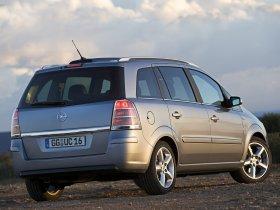Ver foto 26 de Opel Zafira 2005