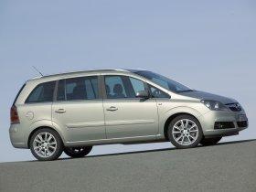 Ver foto 17 de Opel Zafira 2005