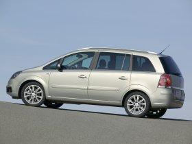 Ver foto 16 de Opel Zafira 2005