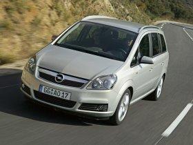 Ver foto 12 de Opel Zafira 2005