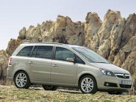 Ver foto 7 de Opel Zafira 2005