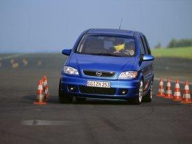 Ver foto 3 de Opel Zafira OPC 2001