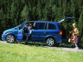 Ver foto 5 de Opel Zafira OPC 2001