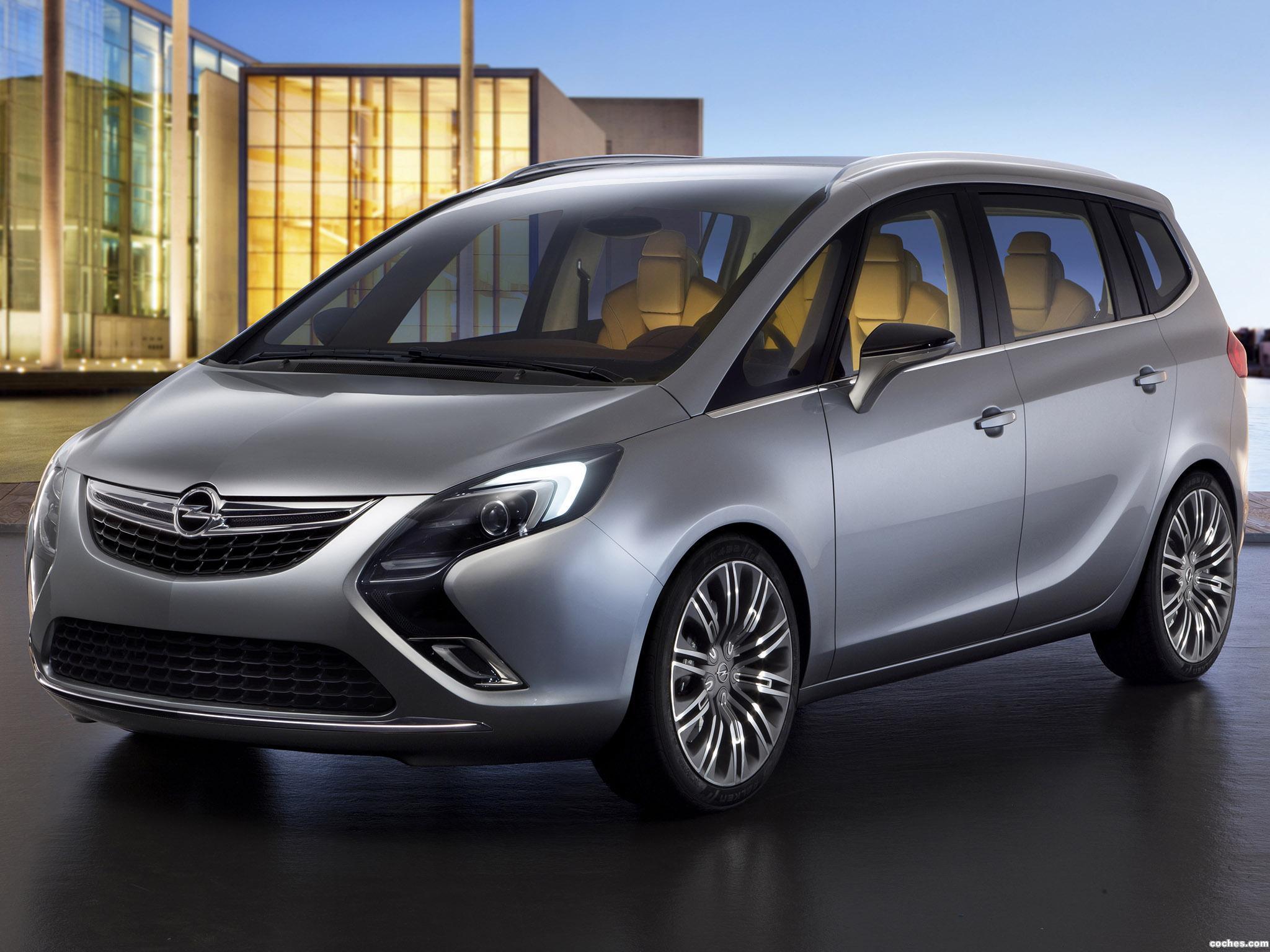 Foto 0 de Opel Zafira Tourer Concept 2011