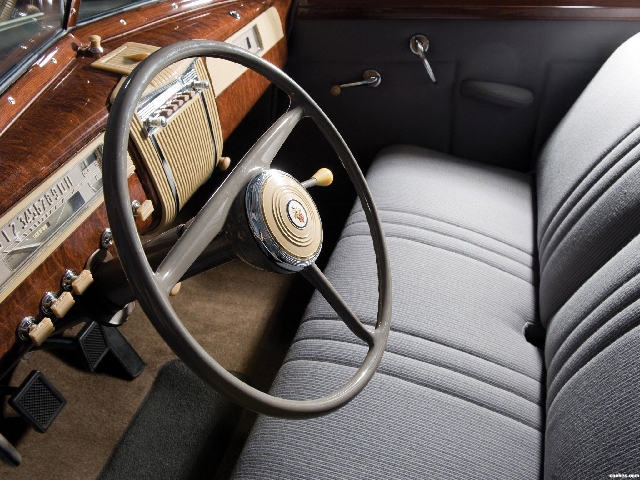 Foto 1 de Packard 110 2 puertas Touring Sedan 1941