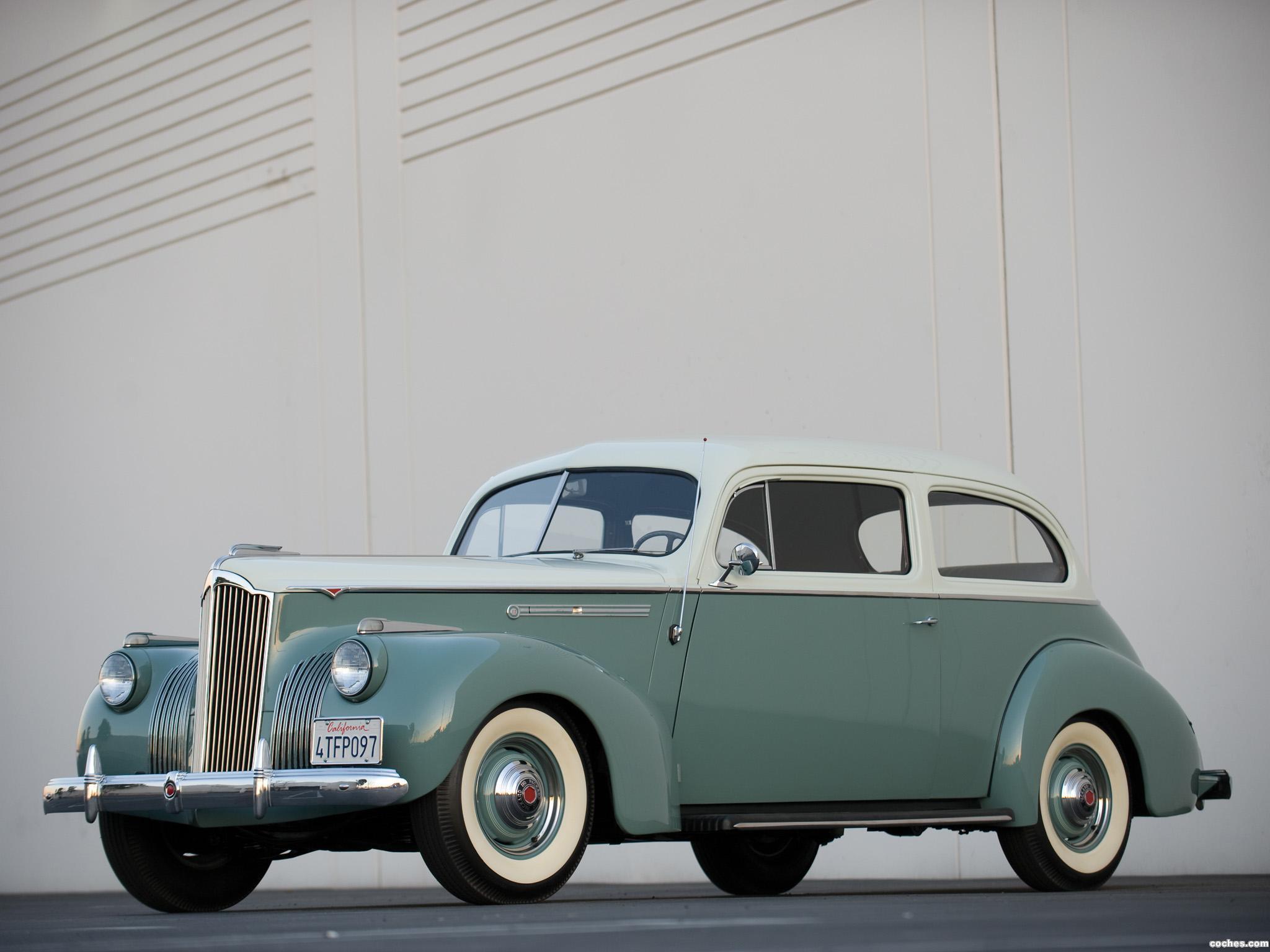 Foto 0 de Packard 110 2 puertas Touring Sedan 1941