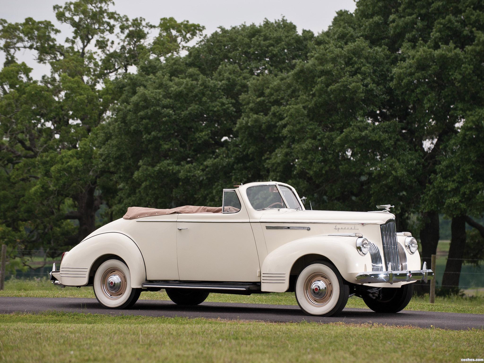 Foto 0 de Packard 110 Deluxe Convertible 1941